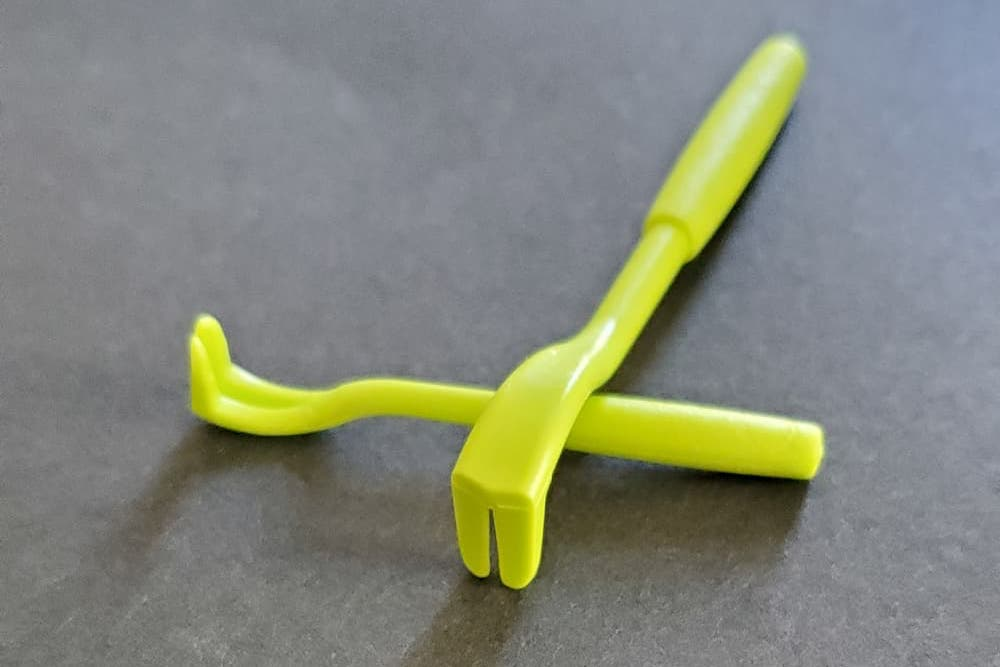 Tick twister tool for removing ticks