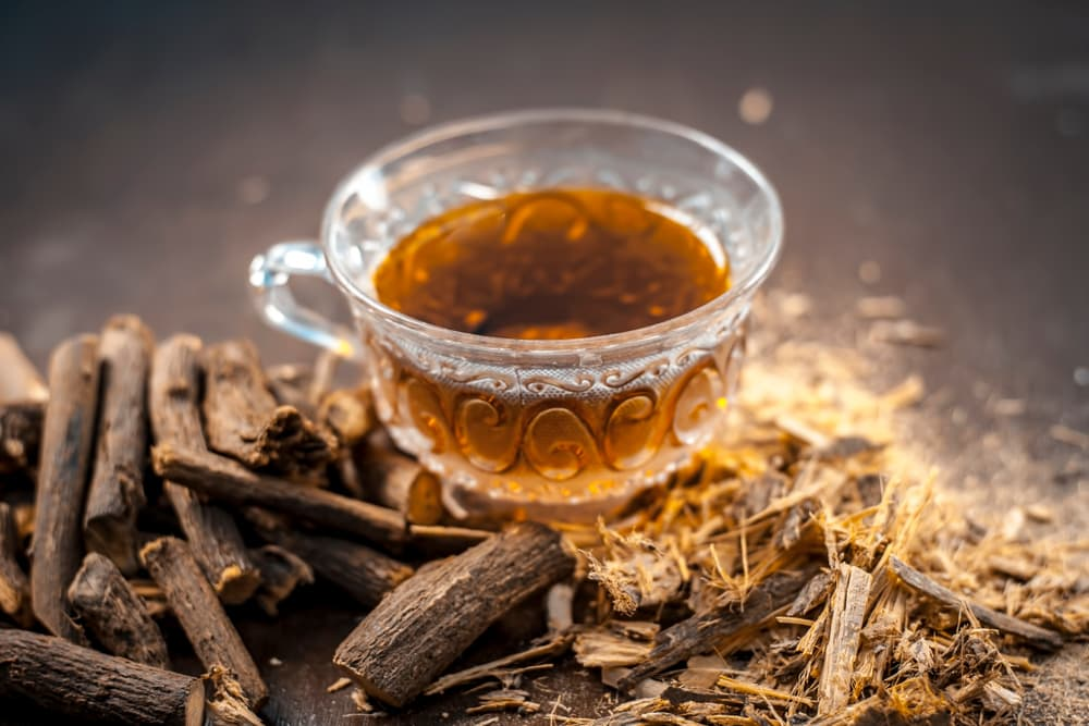 Licorice root tea and dried licorice root